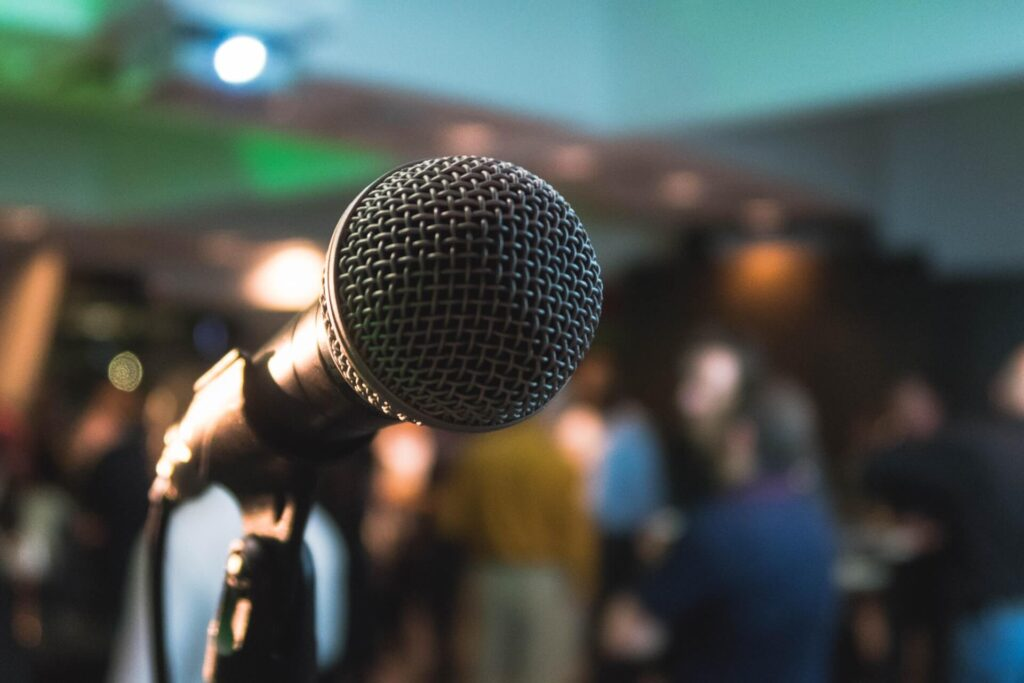 Buying Guide For The Best Microphones For Singing
